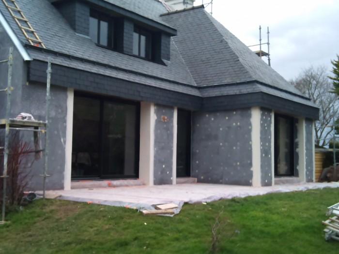 R novation d 39 une maison caudan eveno isolation for Isolation exterieure polystyrene graphite