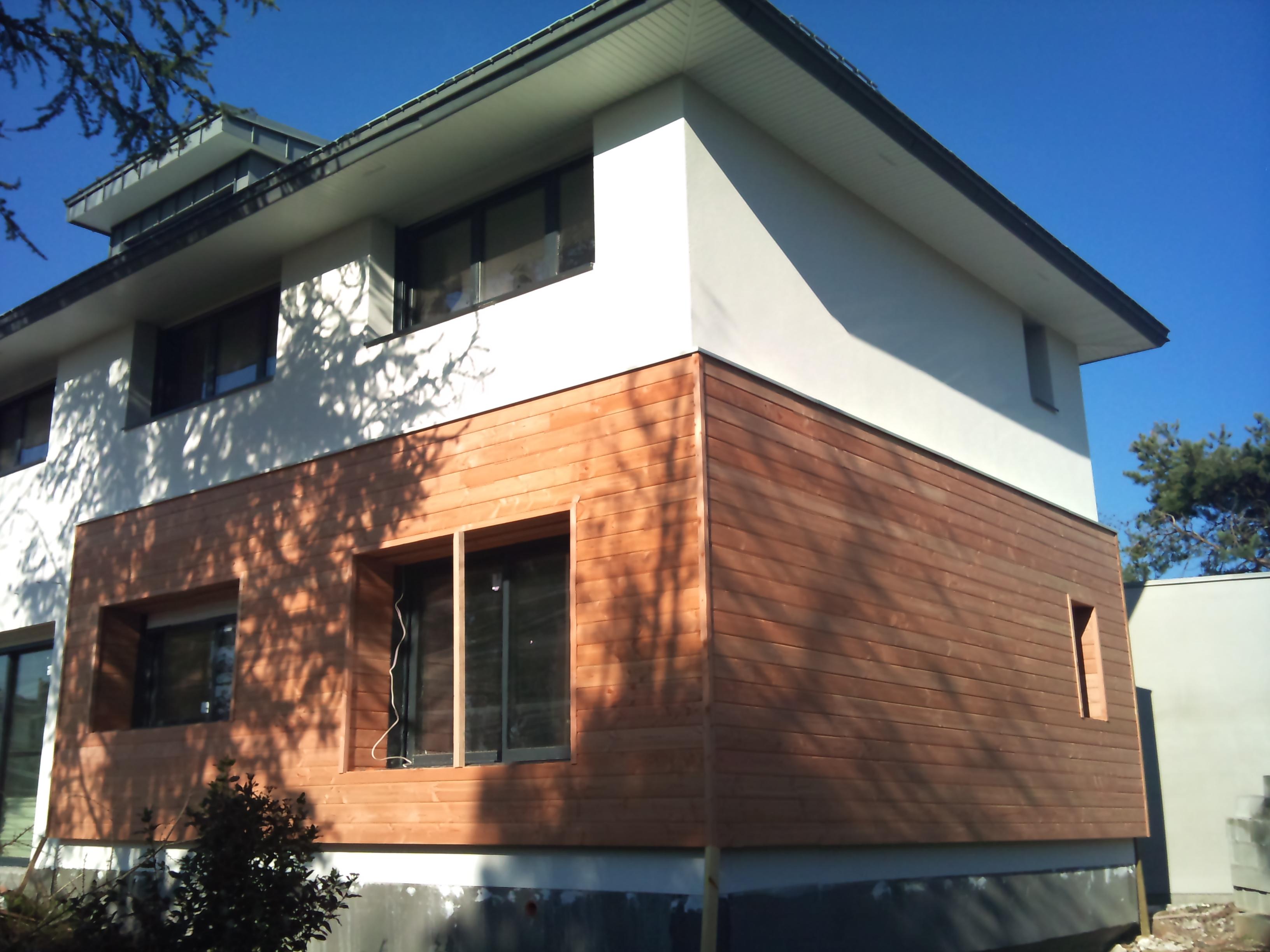 Bardage bois maison ancienne avie home for Bardage bois maison ancienne